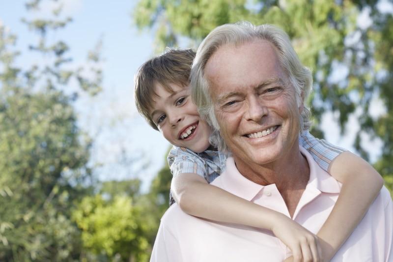 Weiterschenkung durch Beschenkten an Enkelkind